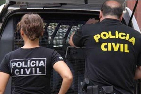 Polícia faz operação para prender 50 pessoas em 3 favelas do Rio