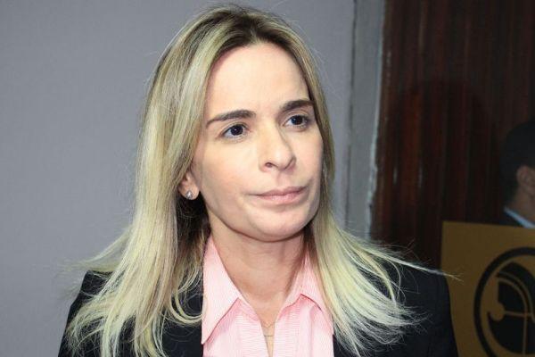 """""""Agradeço ao senador Maranhão mas não serei vice de ninguém; admito disputar a senatória""""; diz Daniela Ribeiro"""