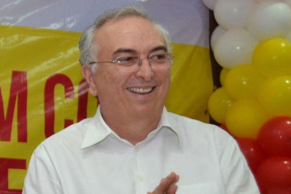 Nonato Bandeira abre canal de ideias na Paraíba