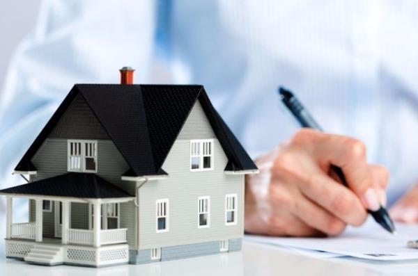 Preço médio dos imóveis residenciais cai em abril, revela pesquisa