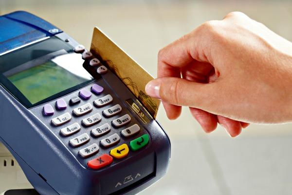 Novas regras para o cartão de crédito começam a valer hoje