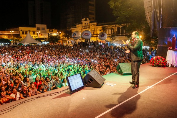 Programação da Festa das Neves terá shows do Padre Nilson Nunes e Vicente Nery