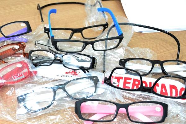 SMS alerta sobre perigos de adquirir óculos em estabelecimentos comerciais não regulamentados