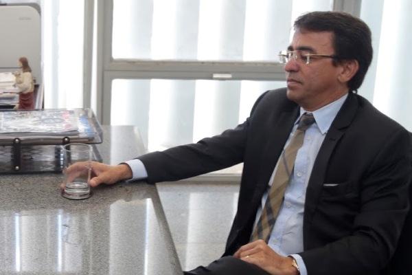 PTB pede passagem para empresário de transportes na chapa do PSB