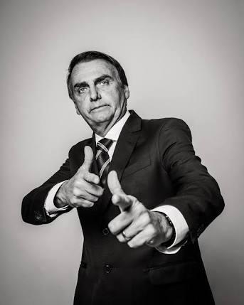 """A esquerda corrupta pariu Bolsonaro e agora não sabe o que fazer com o """"monstro da lagoa"""""""
