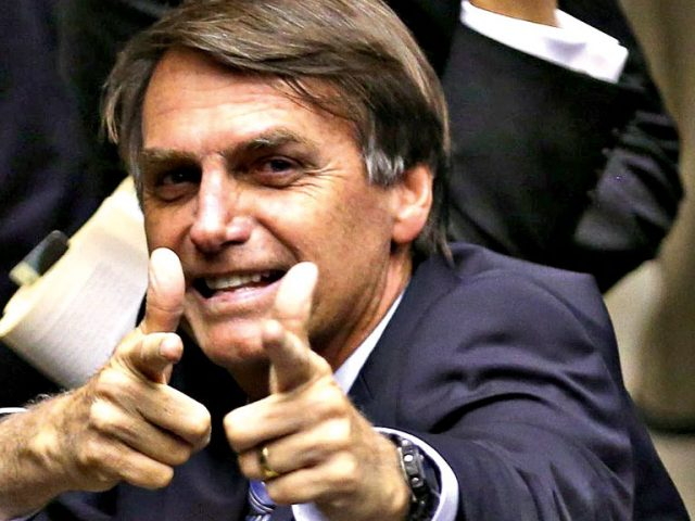 Jair Bolsonaro é eleito presidente e interrompe série de vitórias do PT