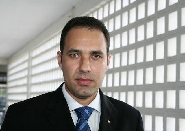 Ao anunciar cortes de mordomias na OAB  Sheyner faz o que Paulo Maia e Carlos Fábio não tiveram coragem