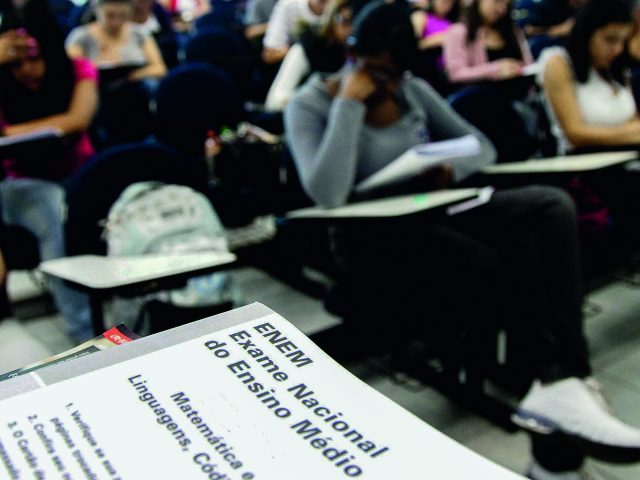 Mais de 150 mil candidatos fazem provas do Enem neste domingo, na Paraíba