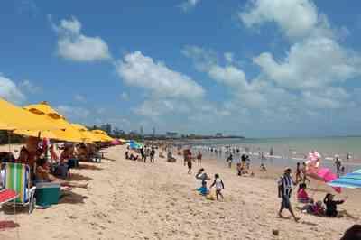Banhistas devem evitar 13 praias do litoral paraibano neste final de semana