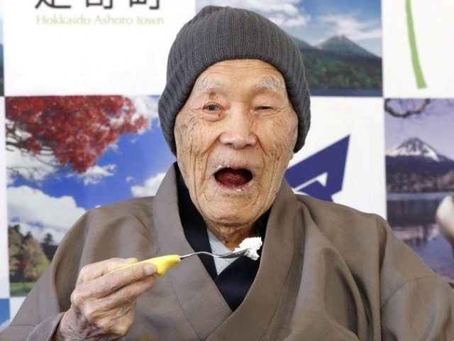 Homem mais velho do mundo morre aos 113 anos, no Japão