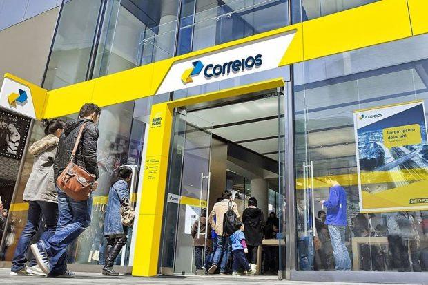 Correios tem serviço que facilita compras em sites estrangeiros