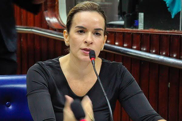 E se a senadora Daniella Ribeiro for a candidata de Cartaxo?