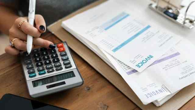 Empresas e bancos têm até hoje para enviar comprovantes para IR