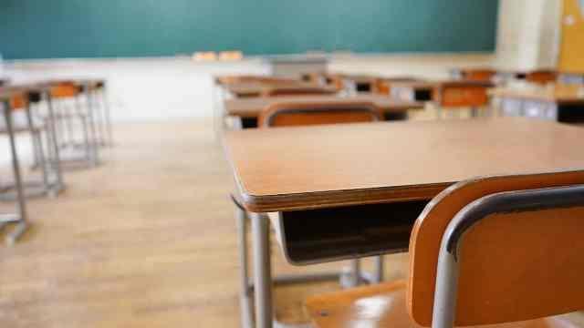 Decisão do MEC fere autonomia dos colégios, diz Consed