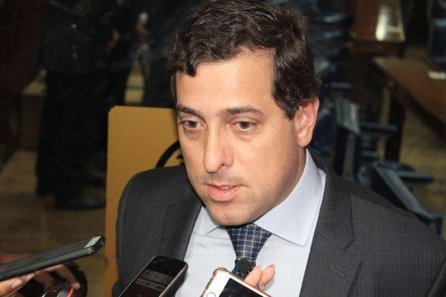Gervásio anuncia entrevista bomba
