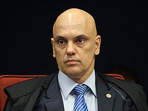 Ministro Alexandre de Moraes revoga censura a sites que criticaram STF