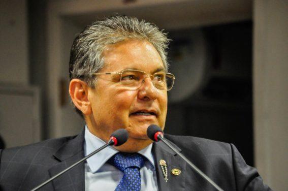 Adriano Galdino elogia modelos aplicados por João Azevêdo, RC e Lula