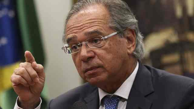"""Ministro da Economia, Paulo Guedes: """"Brasil evitou virar uma Venezuela, mas não uma Argentina"""""""