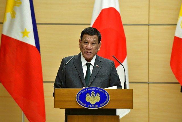 Presidente das Filipinas diz que foi 'curado' de ser gay com a ajuda de belas mulheres