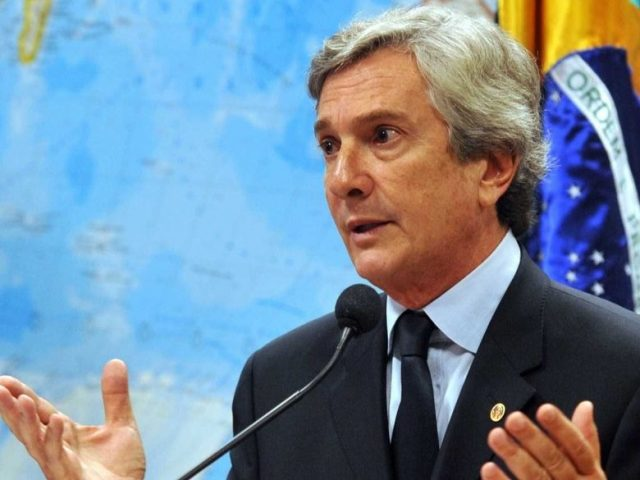 Ex-presidente da República, Fernando Collor é alvo de operação da Polícia Federal
