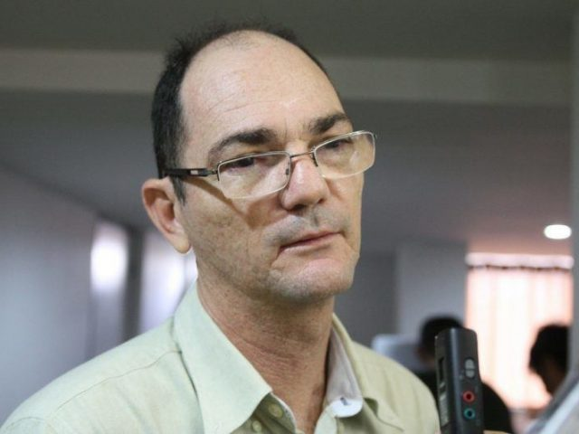 Chefe de organização criminosa investigada na Calvário doou R$ 300 mil à campanha de RC em 2010, revela documento