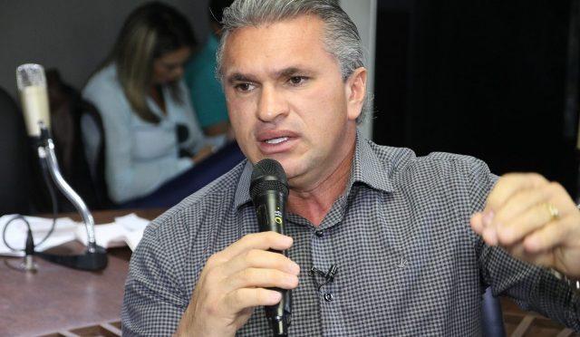 """Exclusivo: Julian Lemos nega candidatura à PMJP e reafirma lealdade a Bolsonaro: """"mesmo se ele me abandonar"""""""
