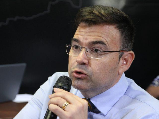 """Exclusivo: """"É um problema causado pela operação Calvário"""", diz Raniery Paulino sobre crise no PSB"""