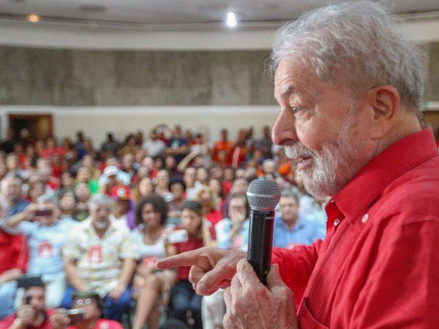 """Na Bahia, Lula diz que PT não tem que fazer autocrítica: """"quem é oposição que critique"""""""