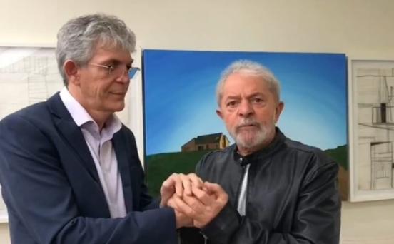 """Em encontro com Lula, RC ironiza volta do bombeamento do São Francisco: """"liberaram rapidinho"""""""