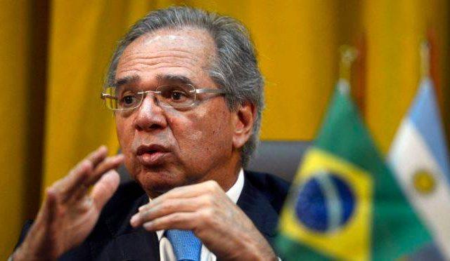Clube dos Ricos diz a Guedes que coronavírus é ameaça sem precedentes para economia
